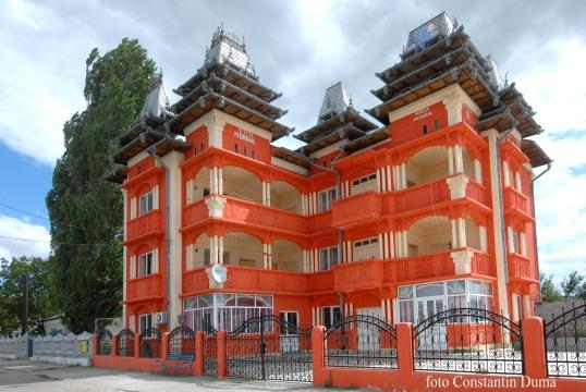 http://www.pressalert.ro/wp-content/uploads/2011/02/casa-Bercea-Mondial-2-p.jpg